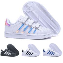 Venta al por mayor de Adidas  Superstar Brand Children Superstar shoes Original White Gold baby kids Superstars Sneakers Originals Super Star niñas boys Sports kids shoes 24-35