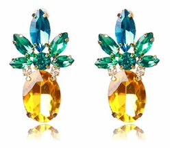 Discount pineapple gifts wholesale - 2018 European and American brands pineapple Earrings hyperbole Hot Style Jewelry For Women Party Gift .40 pcs=20 Pairs