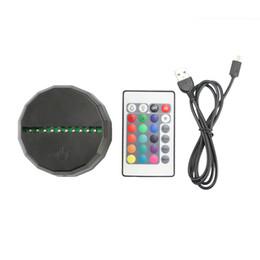 Venta al por mayor de Base RGB de luces LED 3D Base de lámpara IR remota Bandeja AA 10 LEDs Lámparas ópticas 3D Interruptor táctil Interruptor de novedad Iluminación Lámpara de mesa Venta al por mayor