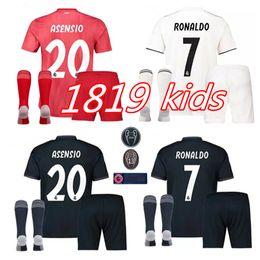 b4c860149e950 Equipación infantil 2019 Real Madrid Football Jersey 2018 19 Camisetas de  fútbol de local blanca para niños pequeños ISCO ASENSIO BALE KROOS Niño 3er  ...
