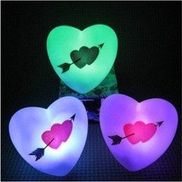 Wholesale Fun Colors An Arrow Through The Heart Originality Lovely LED Small Night Light Valentine Day Gift zh W