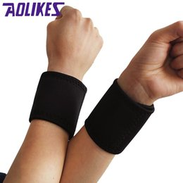 wrist magnets NZ - AOLIKES 2 Pairs Tourmaline Magnet Wrist Straps Wraps Self-heating Wristbands Keeping Warm Products Sports Safety Health Care Y1892612