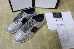 Nuove scarpe da uomo firmate asso di alta qualità casual scintillio scarpe  da donna di marca di lusso in argento color oro taglia grande 35-46 3a15f04d6f0