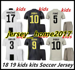 18 19 ronaldo juventus kids soccer jersey home kit 2018 2019 MANDZUKIC MATUIDI  HIGUAIN DYBALA D.COSTA boys cild third away football shirts 8158d350a