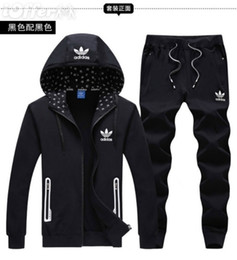 Wholesale winter sports suits for sale – designer Men Sportswear Hoodie And Sweatshirts Black White Autumn Winter Jogger Sporting Suit Mens Sweat Suits Tracksuits Set Plus Size M XL