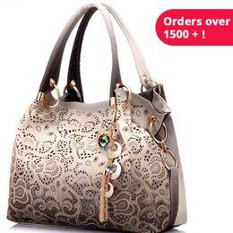 $enCountryForm.capitalKeyWord Australia - Women Bag Hollow Out Ombre Handbag Floral Print Shoulder Bags Ladies Pu Leather Tote Bag Red Gray Blue