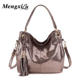 $enCountryForm.capitalKeyWord Canada - Tassel Women Bag Luxury Handbags Designer Serpentine Women Shoulder Bag Large Capacity Female Pu Leather Big Ladies Handbags