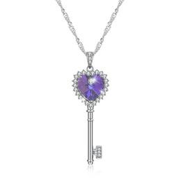 Venta al por mayor de Nuevo diseño Crystal Heart Key Collares pendientes para mujer de Swarovski Elements Cadena de plata chapada en oro blanco regalo