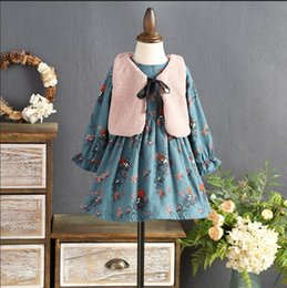 Ligne De Robes Coréennes Pas Cher-Everweekend Girls Floral Ruffles Dress avec Bow Vest 2 pcs Set Princesse Bleu Couleur Polaire Doublure Korean Fashion Fall Party Dress