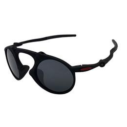 0a07083ba4116 Oculos de sol de designer O 6019 Mado homem Dark-Carbon Prizm Daily Black  Frame cinza Iridium Mirror Lens frete grátis OK80