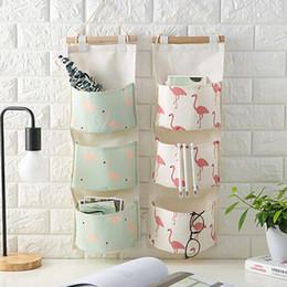 $enCountryForm.capitalKeyWord Canada - Flamingo Pattern Cotton Linen Hanging Storage Bag 3 Pockets Wall Mounted Wardrobe Hang Bag Wall Pouch Cosmetic Toys Organizer