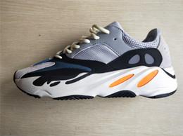 new arrival d1343 e6ca2 Wave Runner 700 Boost Shoes gris sólido blanco naranja OG B75571 WaveRunner  hombres mujeres zapatillas con refuerzo inferior y material de 3M
