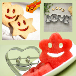 Cutter Fruit Watermelon Australia - 4PCS Cookies Cutter smile Pastry Biscuit molds Cake Decorating Mold Tools For Fruit Vegetable Decor Mold watermelon slicer