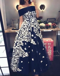 $enCountryForm.capitalKeyWord NZ - 2020 Elegant Black Tea Length Formal Evening Dresses Off the Shoulder A Line Satin Prom Gowns with White Lace Appliqued Cheap Gowns