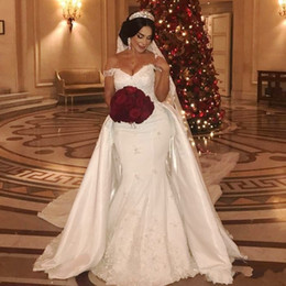 Chinese  African Overskirts Wedding Dresses Plus Size Lace Appliques Off The Shoulder Mermaid Wedding Dress Beads Sequins Plus Size Bridal gowns manufacturers
