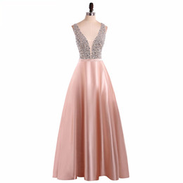 Barato Vestido De Formatura Sem Mangas-Sparkly Beaded Top Backless Prom Dress Sexy Deep V Neck Sem mangas Comprimento do assoalho Blush Pink Prom Dresses Evening Party Gowns