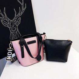 $enCountryForm.capitalKeyWord Australia - Brand Women Solid Totes Black Handbag High Quality Lady Party Purse Casual Crossbody Messenger Bag White Pink Shoulder Bags