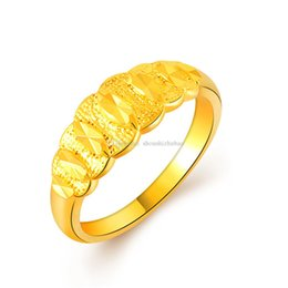 delicate fashion jewelry UK - 2017 Fashion Gold Color 24k Plated Wedding Rings For Men   Women Stainless Steel Vacuum Delicate Charms Best Friends Jewelry new CHR107