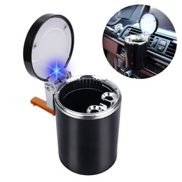 Опт Автомобиль пепельница уникальный синий светодиодный свет пепельница для автомобиля Авто Путешествия сигареты пепельница Кубок