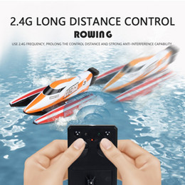 $enCountryForm.capitalKeyWord NZ - 2018 Novelty High Speed RC Boat 2.4GHz 4 Channel 30km h Racing Remote Control Boat with LCD Screen as Gift For Children Toys H1