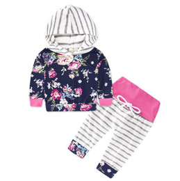 tribal clothes 2019 - Newborn Baby Hoodie Outfits Floral Tribal Monochrome Elk Camouflage Leopard Striped Bow Hooded Spring Autumn Designer Cl