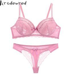 14a115afa Conjunto de Sutiã de Renda completa Sexy Floral Princesa Underwear  Conjuntos de Sutiã Push Up e Thong Set Para As Mulheres