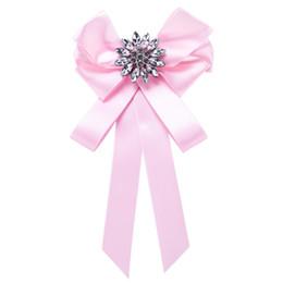 $enCountryForm.capitalKeyWord UK - Wholesales 7 Colors Lapel Pin Silk Ribbon Bow Ties Brooch Broaches Women Designer Brooch Enamel Pin Wedding Centerpieces Party Decoration