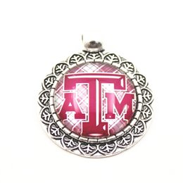 $enCountryForm.capitalKeyWord NZ - 10pcs lot NCAA New Texas A&M Aggies College Sport Sports Pendant Dangle Charms For Necklace Bracelet DIY Jewelry Accessory charms