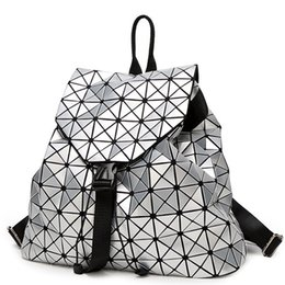 $enCountryForm.capitalKeyWord UK - Diamond Lattice Women Backpack Geometric Bag Geometric Backpack For Girl Travel School Bag Student Female Hologram sac