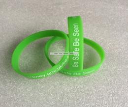 $enCountryForm.capitalKeyWord Australia - Free shipping cheap fashion Wrist Bands, Logo Text Print Custom silicone wristband bracelet, Gift Promotion 50pcs lot