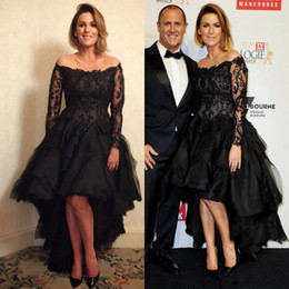 $enCountryForm.capitalKeyWord Canada - Plus Size High Low Prom Dresses with Long Sleeve 2018 Black Lace Tulle Sequins Beaded Off Shoulder Red Carpet Celebrity Evening Gown