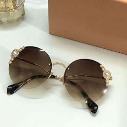 $enCountryForm.capitalKeyWord NZ - Women MU 052TS pearls Round Sunglasses Gold Brown Gradient Lenes Designer sunglasses Brand New in Box