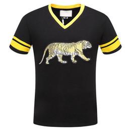 Women tiger design shirt online shopping - Bengal tiger motif varsity top Runway Fashion Letter Design Mens Embroidered tiger Cotton short sleeve V Neck T Shirts Women tops size M XL