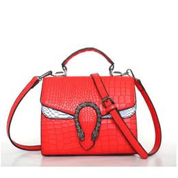 $enCountryForm.capitalKeyWord UK - 2018 New Women Bag Bag Double Tiger Head Mini Crocodile Leather Handbag High-grade Wing