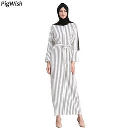 80e67a02c9737b2 2018 Плюс Размер Мусульманское Платье Sriped Мода Халат Musulmane Турецкий  Арабский Дубай Белый Абая Фиеста Исламский Марокканский Кафтан