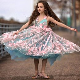 Fabulous ball gowns online shopping - 2018 Pink D Floral Flower Girl Dress V Neck Beaded Sleeveless Handmade Flower Birthday Fabulous Tulle Pageant first holy communion dresses