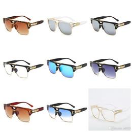 Cleaning Blocks Australia - PC Women Sun Glasses Blocking Glare Easy To Clean Men Unility Sunglasses Gradient Color Radiation Proof Square Plain Glass Spectacles 16fd B