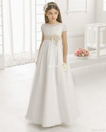 China Vintage Flower Girl Dresses for Wedding Empire Waist Short Sleeve Tulle Crew Champagne Lace Sash 2018 Cheap Children First Communion Gowns cheap children gold dress sashes suppliers