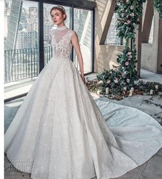 $enCountryForm.capitalKeyWord Australia - 2018 luxury wedding dress high-end Gorgeous wedding dresssA line embellished with 3D flowers, silk threads, sequins, pearls and crystals.06