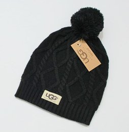 Boné beanie vermelho on-line-Homens gorro de inverno homens chapéu lã  casual malha d2384b786a0
