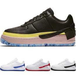 d05c93a8ca4 Zapatillas de alta calidad de las fuerzas 1 Zapatillas de skate de los  hombres bajos Classic