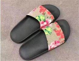 6437b3a86814 Women s Designer Flower Printed sandals Slide slippers Beach Bath Flip Flops  Summer Shoes Girls Holiday Sneakers HOT 2018 Design