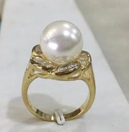$enCountryForm.capitalKeyWord Australia - New lady's gp inlay crystal flower shape 12mm white shell pearl fashion ring