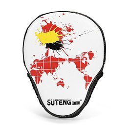 $enCountryForm.capitalKeyWord NZ - Suteng Map Pattern Boxing Hand Target Curved Boxing Pad Durable PU Leather Karate Thai Training Hand Target Gear 3 Colors