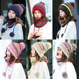 Polaire Doublé Femmes Tricot Bonnet Écharpe Ensemble Fille D'hiver Chapeau De Ski Avec Earflap Pompon Nouvelle Arrivée Discount Promotion