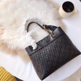 Discount women backpacks - 2018 new arrival women fashion shoulder bags fanny bag elegant tote 27cm casual shoulder bag crossbody bag for female