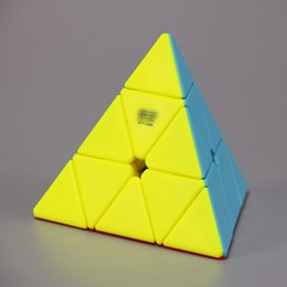 pyramid gift 2019 - New Puzzle cube Triangle Pyramid Mini Magic Rubik Cube Game Rubik Learning Educational Game Rubik Cube Decompression Goo