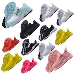 New free ruN shoes online shopping - new Men Sports Running Shoes presto Ultra black Women Designer sneakers Shoes Greedy Oreo Yellow Walking Sneakers