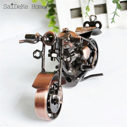 $enCountryForm.capitalKeyWord Canada - SaiDeKe 13cm Retro Motorcycle Model Metal Vintage Motor Figurine Iron Motorbike Prop Handmade Boy Gift Kid Toy Home Office Decor