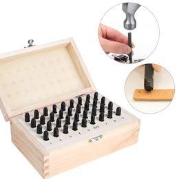 3460e4368fff09 36 stücke 3mm 4mm Edelstahl Brief Nummer Stanzen Metall Punch Stempel Set  Tool Kit Für Leder Holz Handwerk mit Holz Box